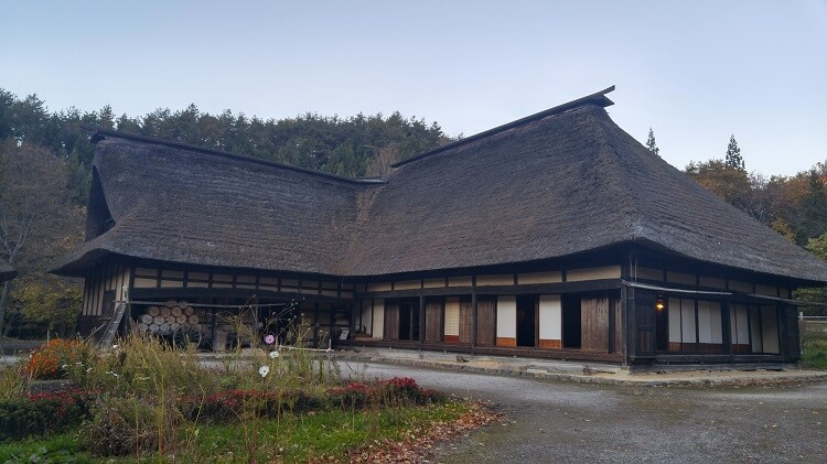 tono-village-house