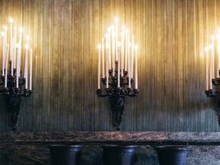 candles-on-altar