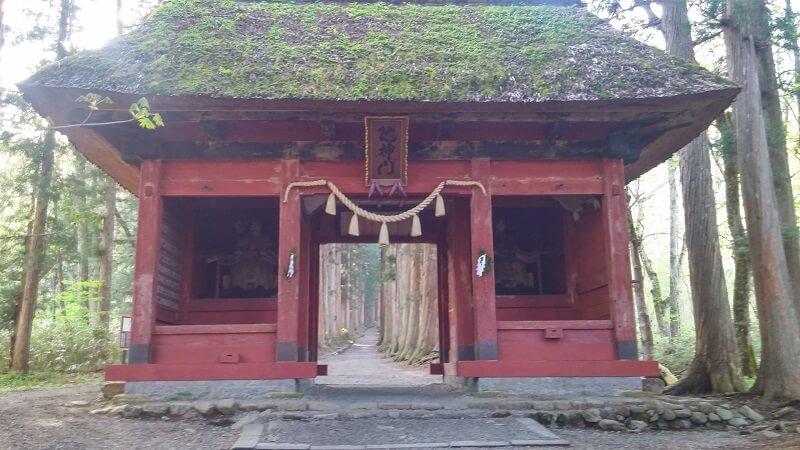 togakushi-zuijinmon