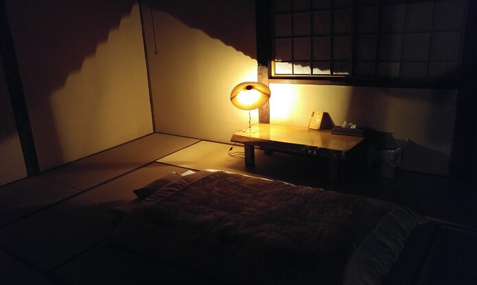 sleeping-room-tomaya